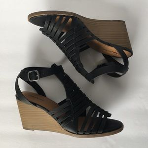 NEW Maurices Black Wedges
